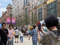 """南京路步行街东拓段逛了么?一般人不知道的""""宝藏""""细节请收好"""