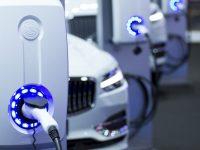 中国汽车产业有多厉害?这一次,站出来回答的是美国和德国的产业巨头